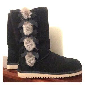Koolaburra by Ugg black boots size 9